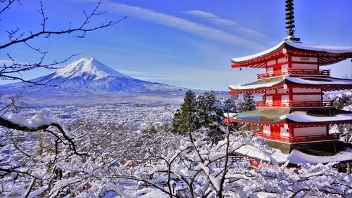 20 exciting things to do in japan in the winter favy. Black Bedroom Furniture Sets. Home Design Ideas