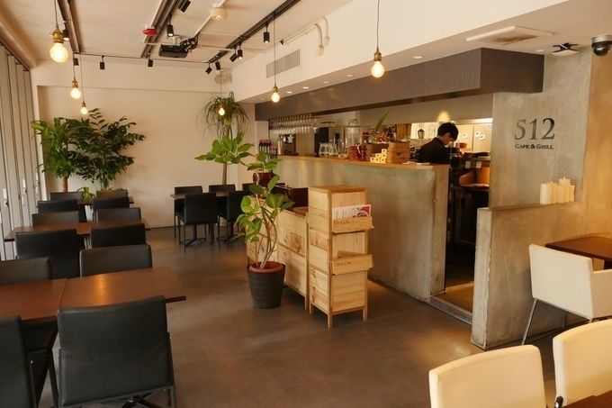 512cafe_grill_interior