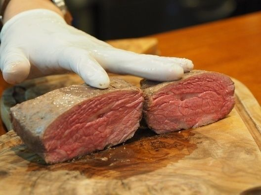 sous-vide_cooked_meat