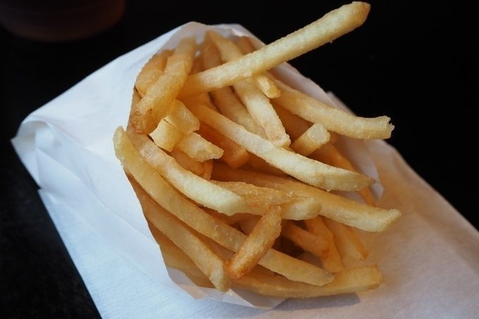 Henry_s_Burger_french_fries
