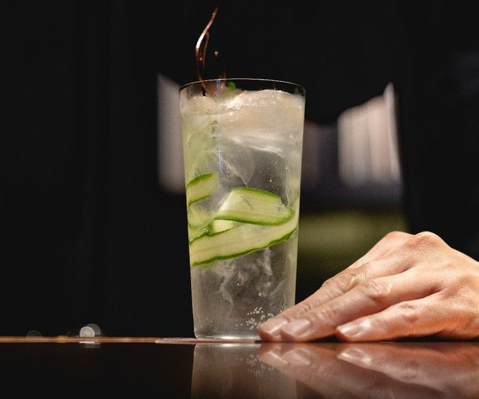 Gin_y_Tonic_with_Cucumber